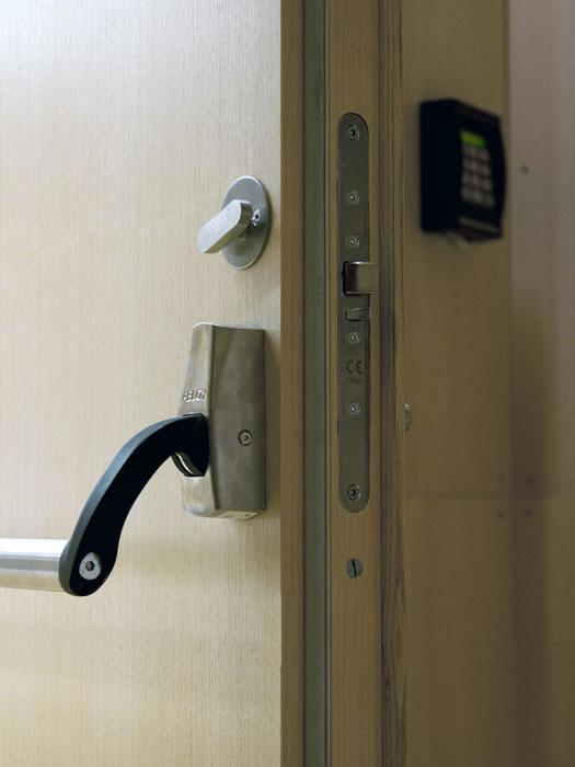 Ruko pushbar for adgangskontrol EN1125